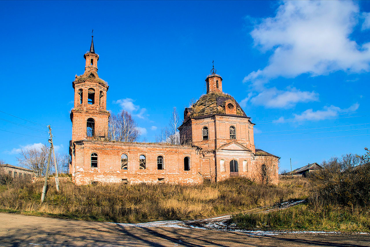 1920px-Церковь_Преображенская_в_с